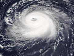 ¿Quién da nombre a los ciclones, tormentas y huracanes?